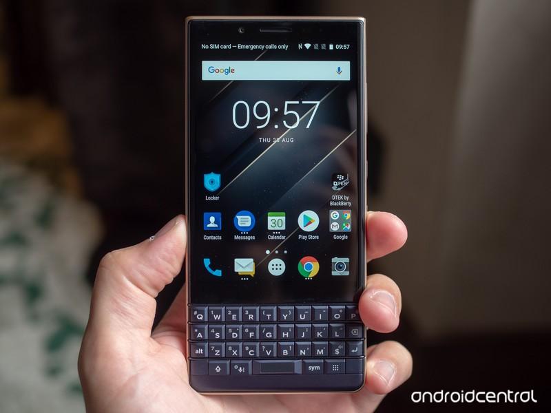 blackberry-key2-le-5.jpg?itok=8PYGjoL0