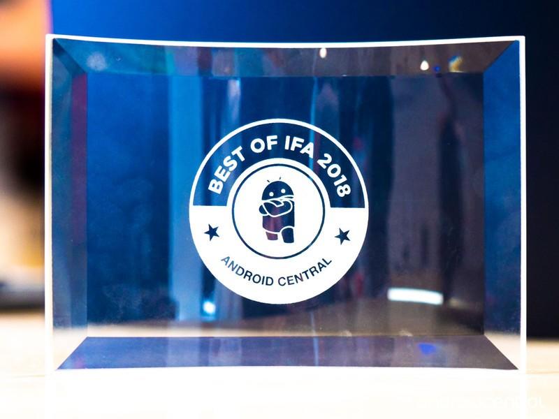 ac-ifa2018-award-2.jpg?itok=zkj9m5vt