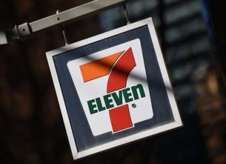 Finally, Apple Pay and Google Pay arrive at 7-Eleven this month