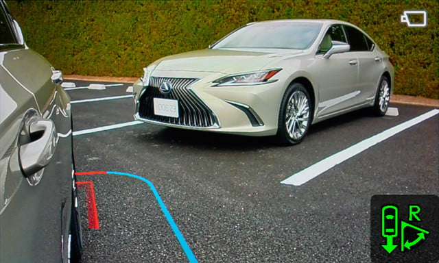 lexus reveals digital side view mirrors on jdm 2019 es monitors for  11