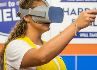 Walmart stocks its stores with VR training for its employees