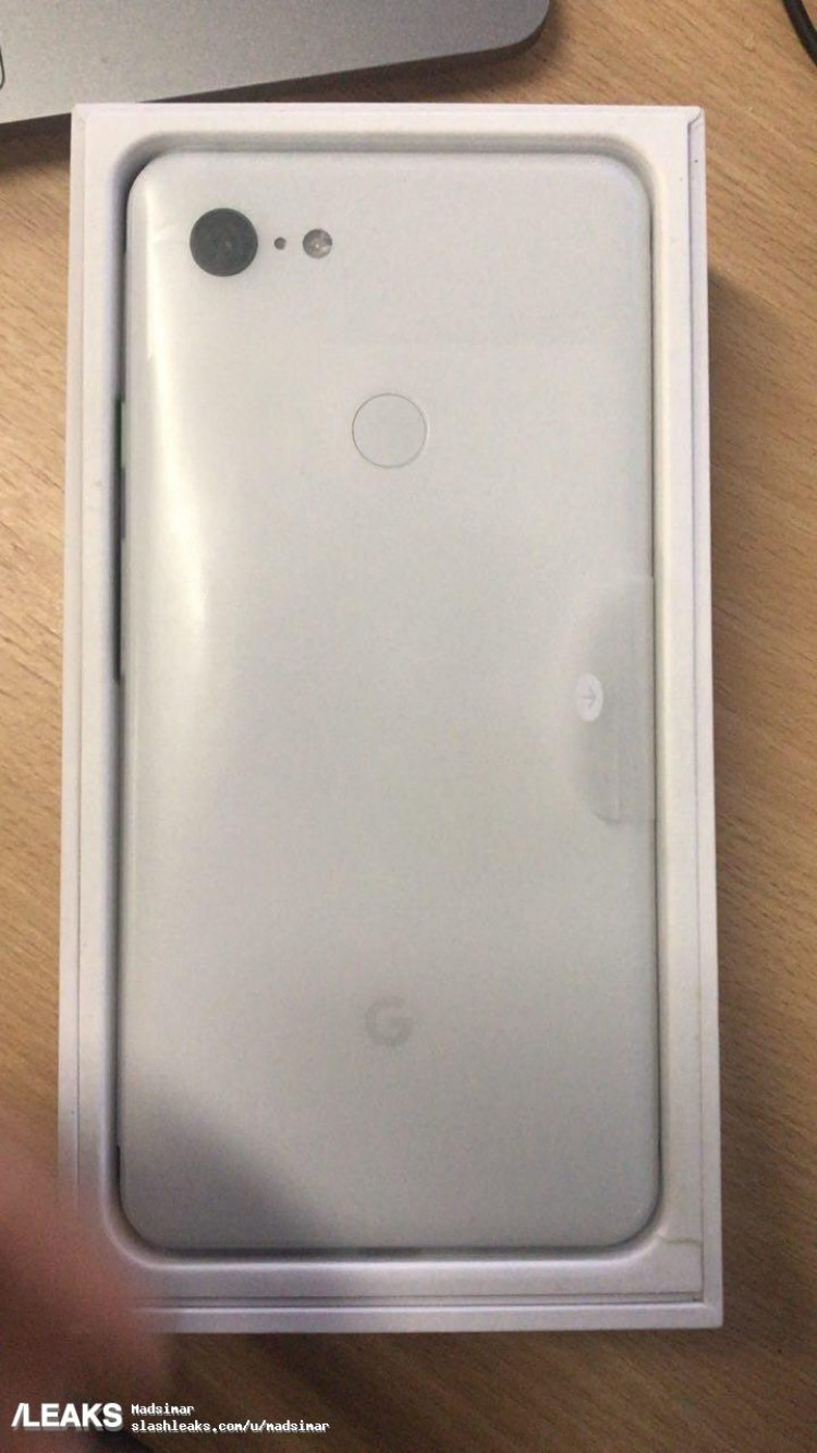 pixel-3-xl-white-back-slash-leaks.jpeg?i