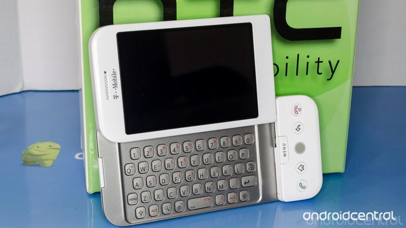 t-mobile-g1-1.jpg?itok=U9GezqEV