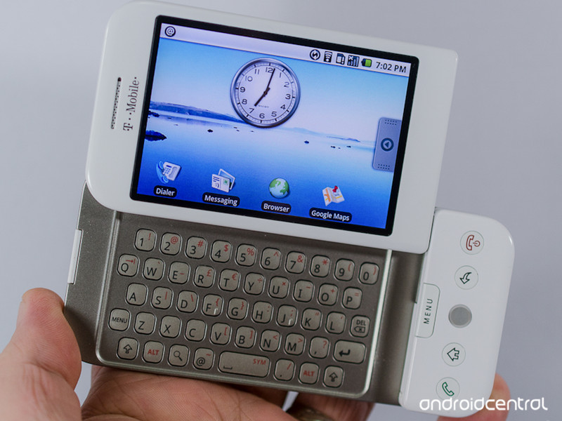 T-Mobile-G1.jpg?itok=woPZEB3N