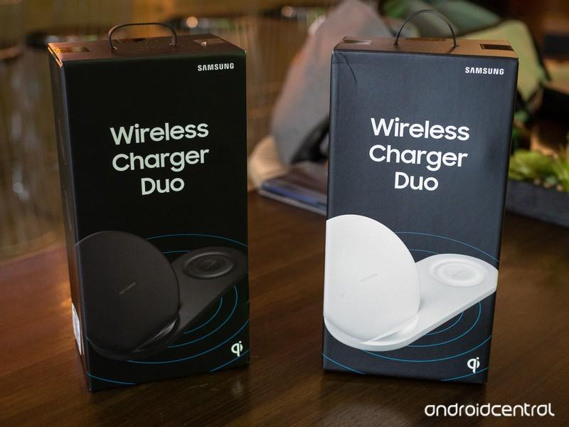samsung-wireless-charger-duo-box.jpg?ito