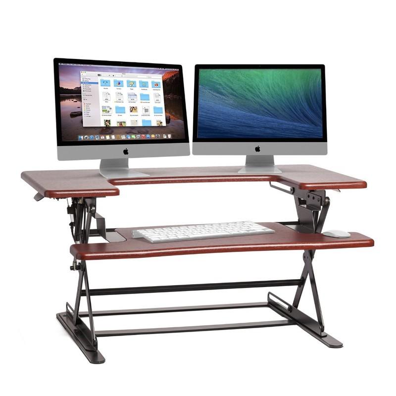 halter-desk-2-2n95.jpg?itok=8R7akfgU