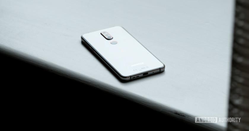 Nokia 7.1 back glass on window, Nokia 7.1 review