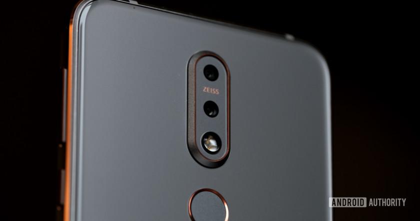 Nokia 7.1 back dual cameras, Nokia 7.1 review