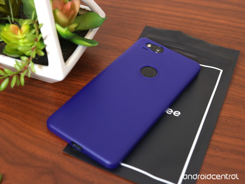 totallee-pixel-2-case-review-7.jpg?itok=