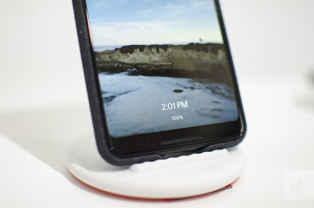 google pixel stand hands on 5120