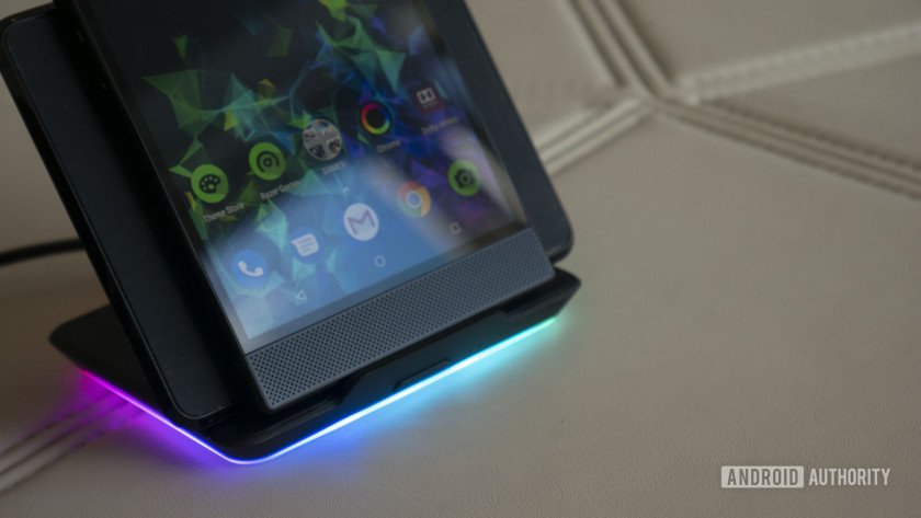 Razer Phone 2 charging stand