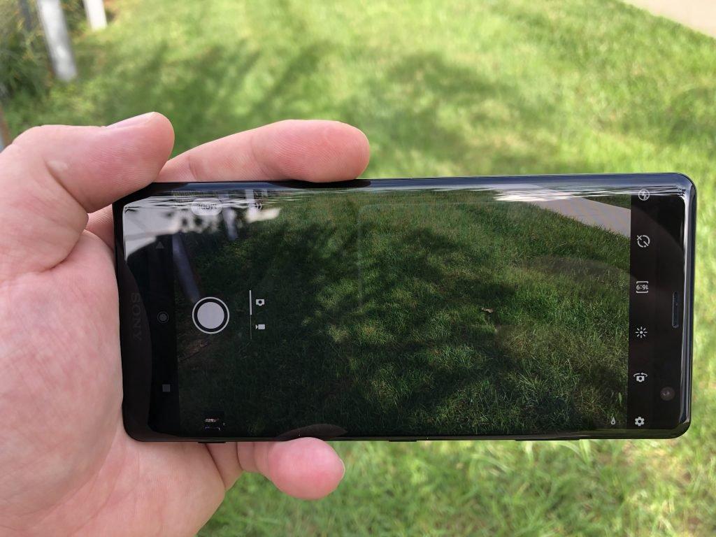 Sony Xperia XZ3 4