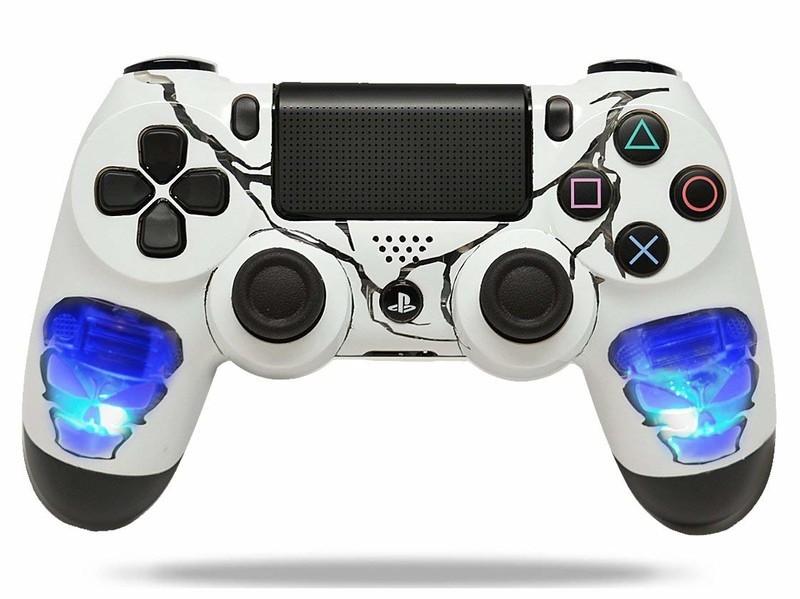 custom-controller-4.jpg?itok=W_igNFAG