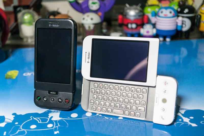 T-Mobile_G1-4.jpg?itok=KruQ8let