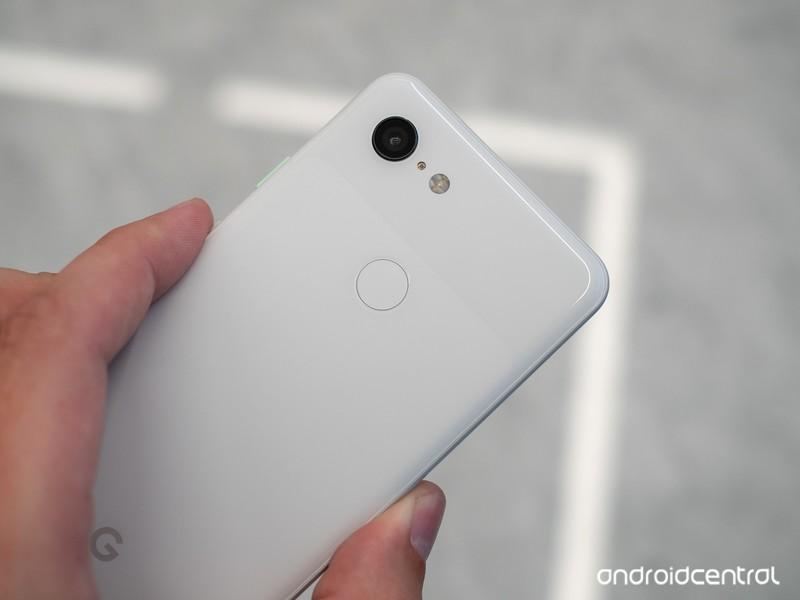 google-pixel-3-white-3.jpg?itok=LP7Bot9G