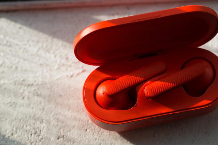 mobvoi ticwatch c2 ticpods free news red case