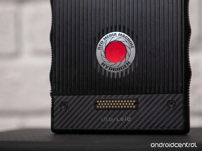 red-hydrogen-one-review-3.jpg?itok=R2LTo
