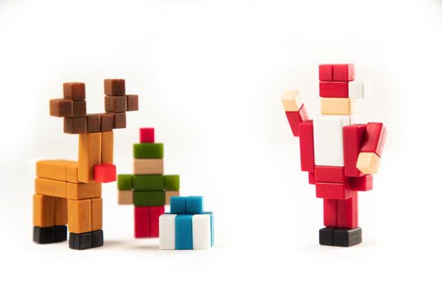 pixl lego bricks meet minecraft fidget cube kickstarter  avatar santa
