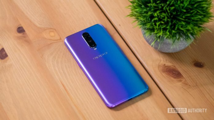 Oppo R17 Pro review: More cameras, more batteries, more speed