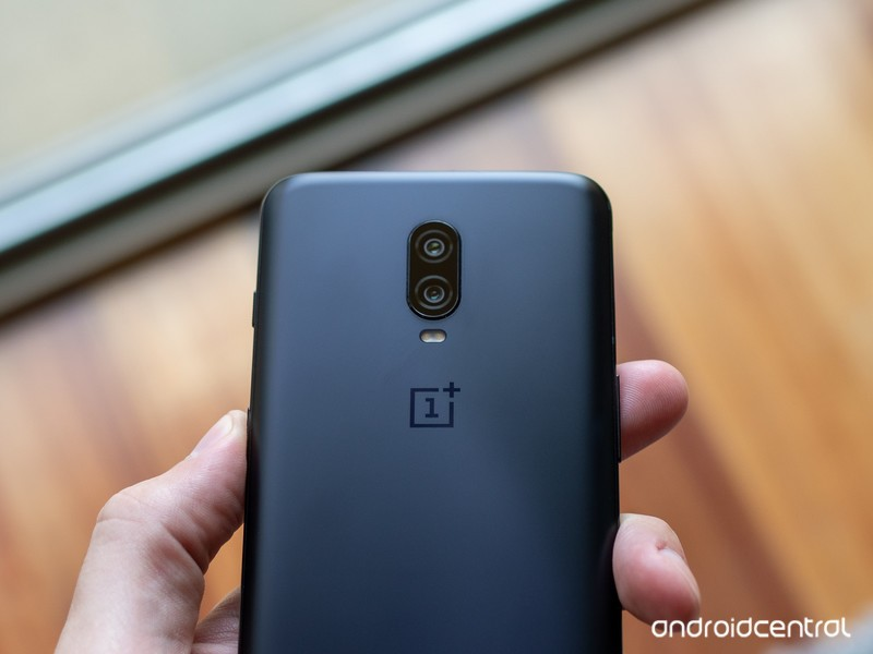 oneplus-6t-camera-top-back.jpg?itok=MyRi