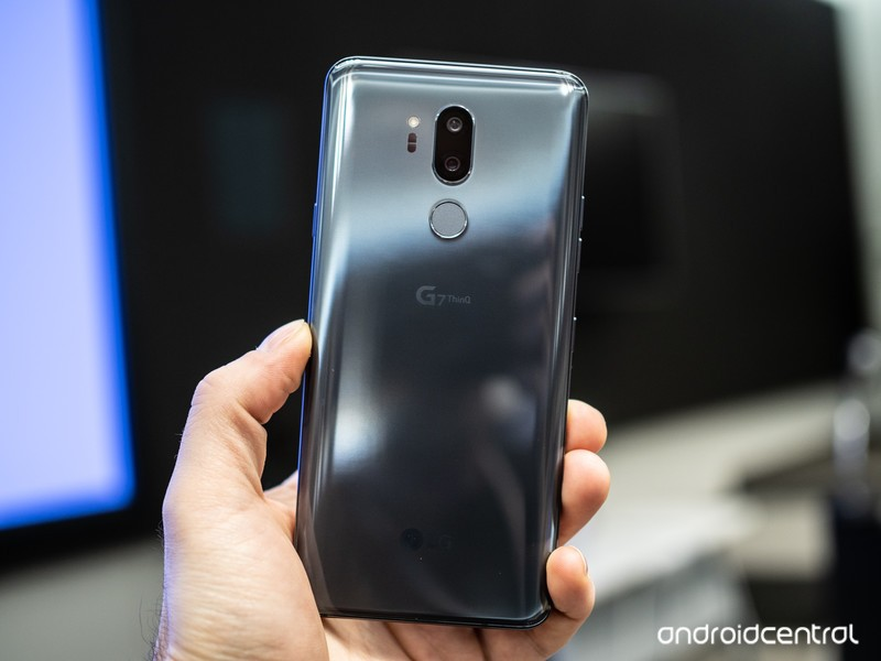 lg-g7-hands-on-1.jpg?itok=Cf8tlhLg