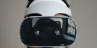 Google awarded patent for using eye tracking to detect expressions in VR