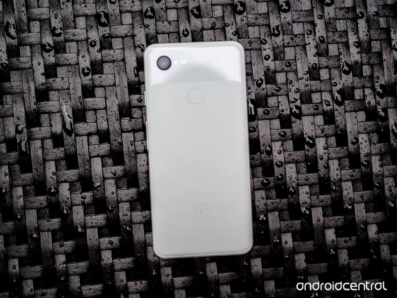 google-pixel-3-white-second-opinion-8.jp