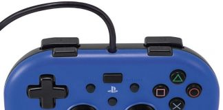 Sony PlayStation 4 Mini Wired Gamepad vs Hori Wired Controller Light