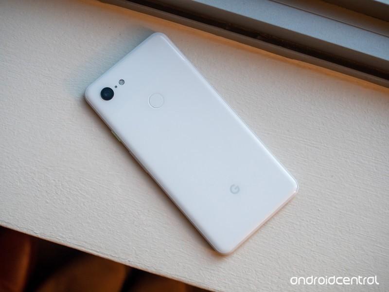 pixel-3-xl-white-back.jpg?itok=q8gGVaxh