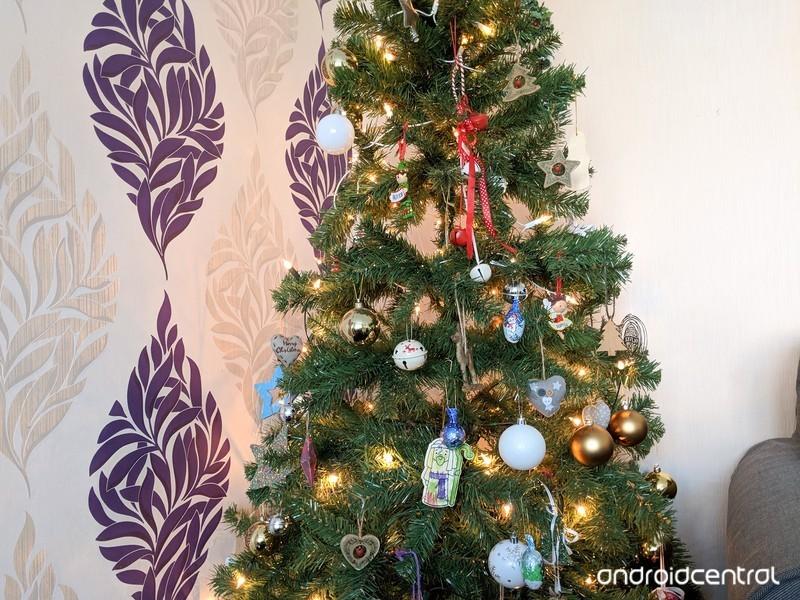 christmas-tree-lights.jpg?itok=tb0wHPIo