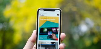 T-Mobile is giving away free iPhone XRs and Galaxy S9s for the holidays