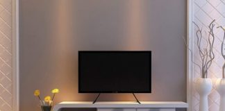 Add stability to your TV with the $9 Wali universal table top stand