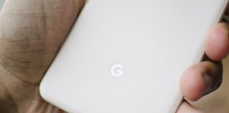 Google patent shows off a hinged smartphone with selectable displays