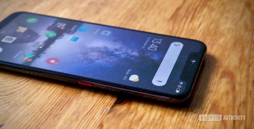 Xiaomi Mi 8 Pro side