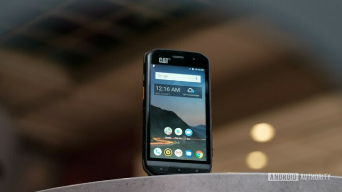 Hands-on with the Cat S48c rugged phone, available now on Verizon