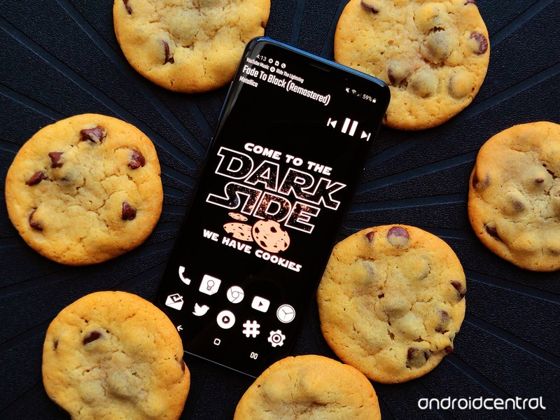 dark-side-cookies-theme-galaxy-s9plus-bl