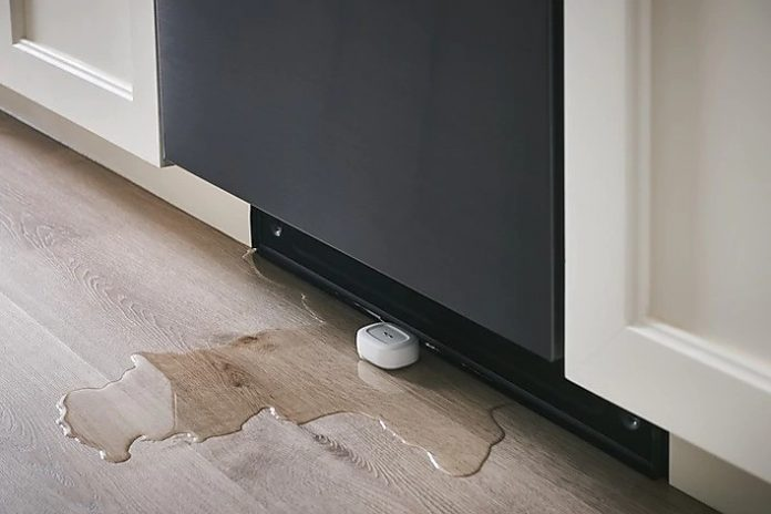 How to monitor for water leaks using Samsung SmartThings