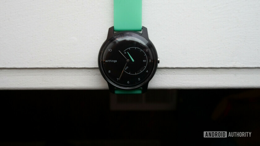 withings move review fitness watch close up watch face