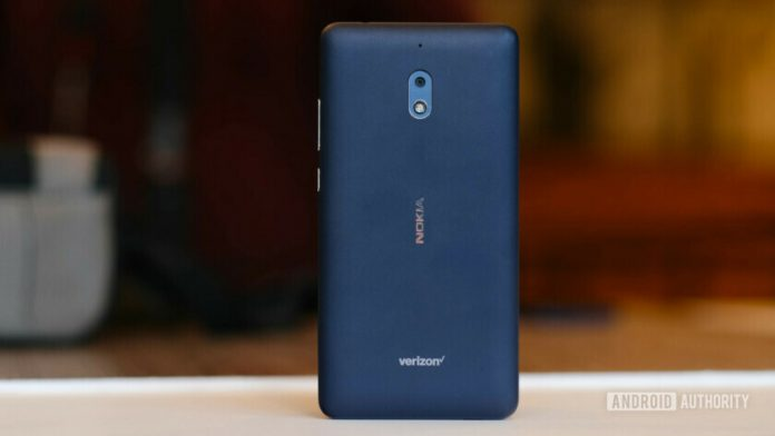 Nokia 2 V hands-on: Preparing for re-entry