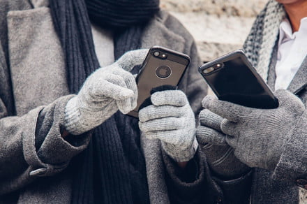 How to make your phone last longer in cold weather