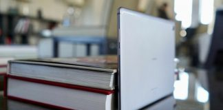 Huawei MediaPad M5 Lite review: A solid competitor to Apple's low-cost iPad