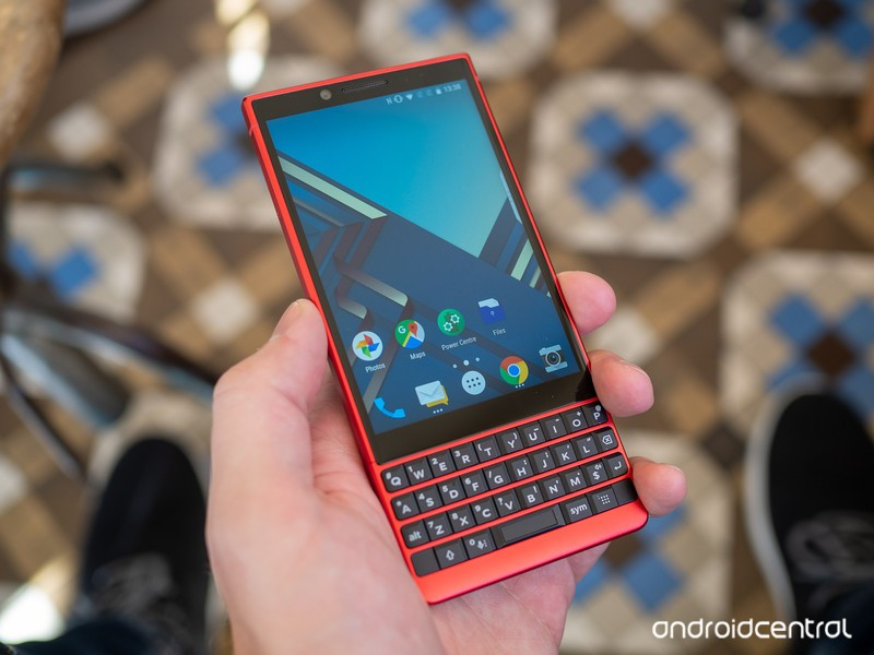 blackberry-key2-red-8.jpg?itok=wiN_KAqj