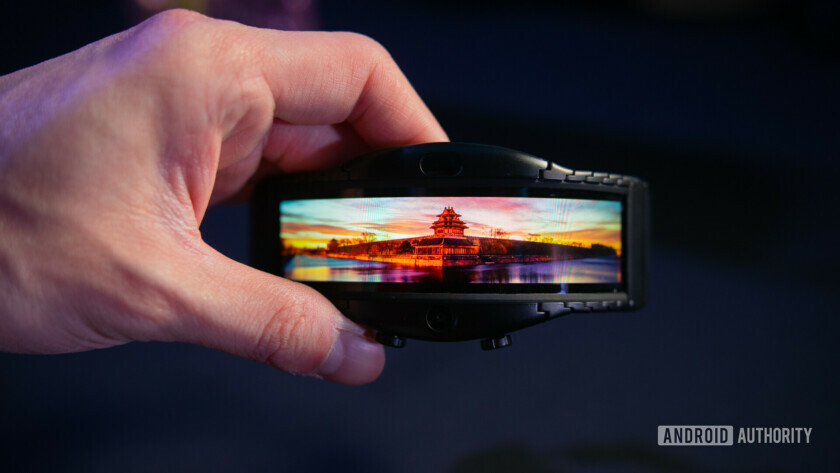 Nubia Alpha Hands On flexible oled
