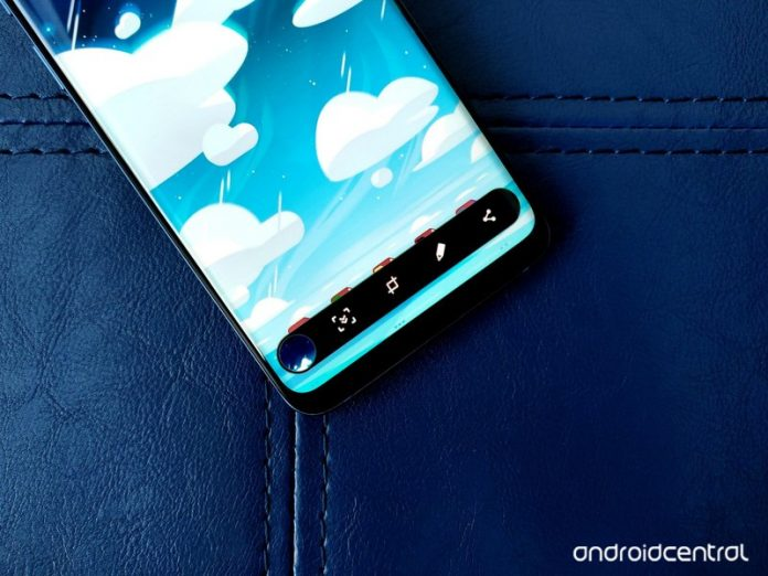 How to take a screenshot on the Galaxy S10