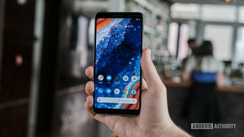 Nokia 9 screen held in hand