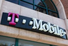 T-Mobile goes after big cable companies, pilots wireless home internet service