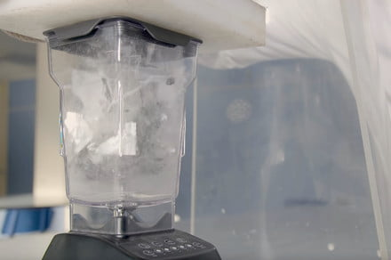 Scientists wreck a smartphone in a blender, but not just for fun