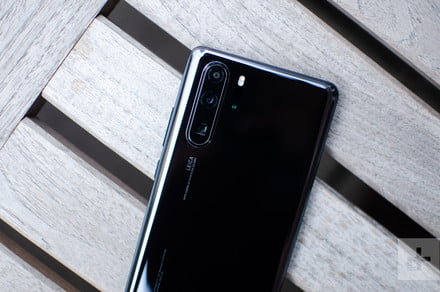 Huawei P30 Pro vs. Apple iPhone XS Max: Can two lenses beat four?