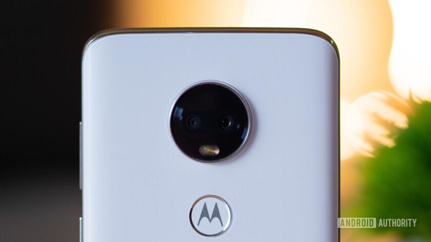 Moto G7 and Moto G7 Power rear cameras
