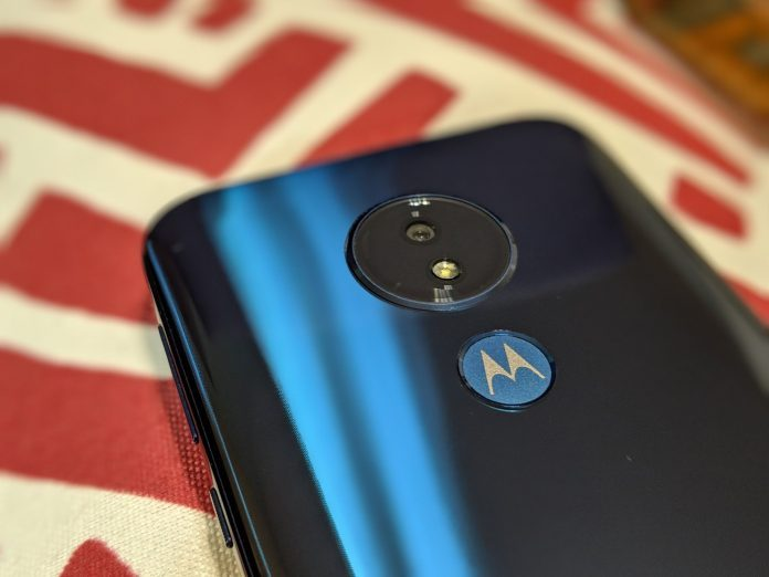 Motorola adds Digital Wellbeing, Google Call Screening to Android One and G7 phones